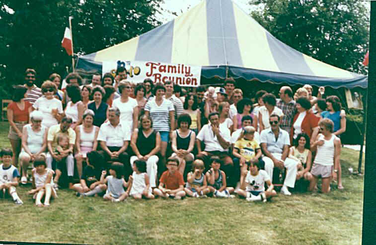 Reunions 1981 All Gurtos 10th reunion.jpg (78250 bytes)